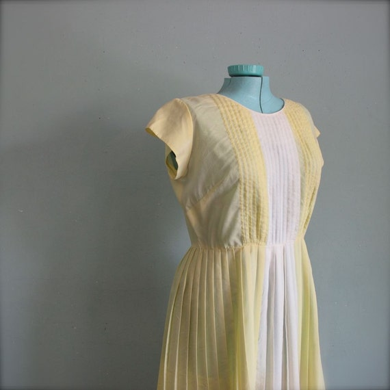 1950s vintage LEMON tea dress