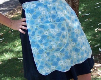 Vintage Apron Blue and White Brushed Cotton Floral