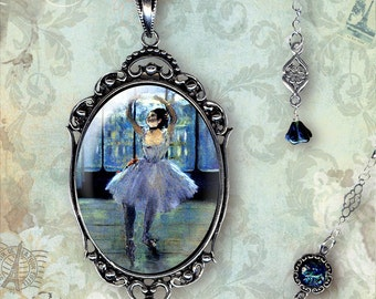 Ballet Noir Glass Frame Necklace - Vintage Paris Fashion - Art Masters Collection - La Danseuse Trois