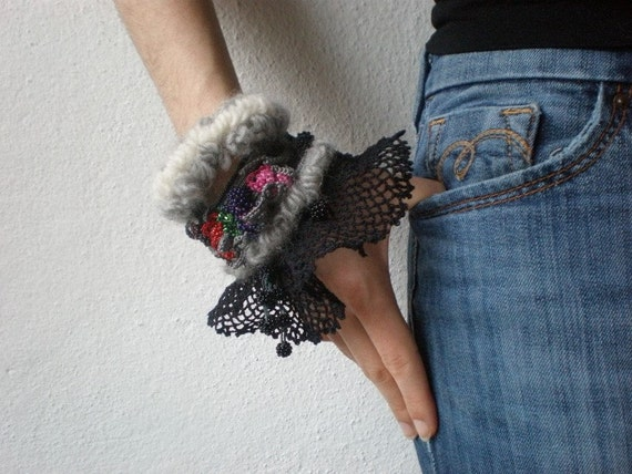 Helleborus Torquatus ...Freeform Crochet Cuff