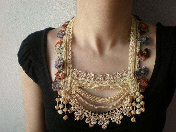 Primula Vulgaris ... Beaded Crochet Necklace - Cream Beige