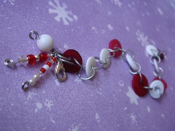 Cranberries in the Snow BUTTON BRACELET