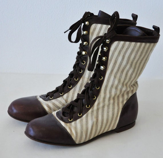 Vintage lace-up brown leather striped canvas boots 8