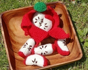 Crocheted Peelable Apple Amigurumi-PDF--PATTERN