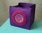 Foldable fabric box - shelter purple