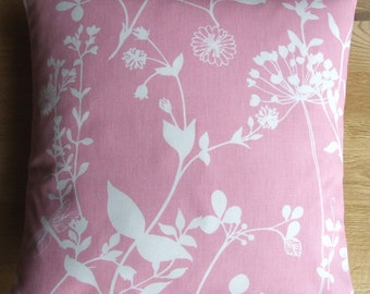 """16"""" x 16"""" cushion cover - white wildflowers on pink"""
