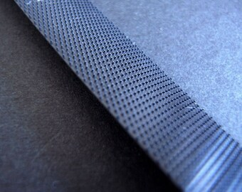 2 yard of thin BLACK velcro for your DIY blythe's clothes