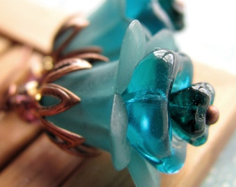 Teal Aqua Flower Earrings, Antiqued Copper, Vintage Style Jewelry, Garden Wedding Jewelry, Bridesmaid Earrings, Gift for Gardener