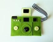 Camera Camera Case -HOLGY no.98 (moss green/lemon sherbet)