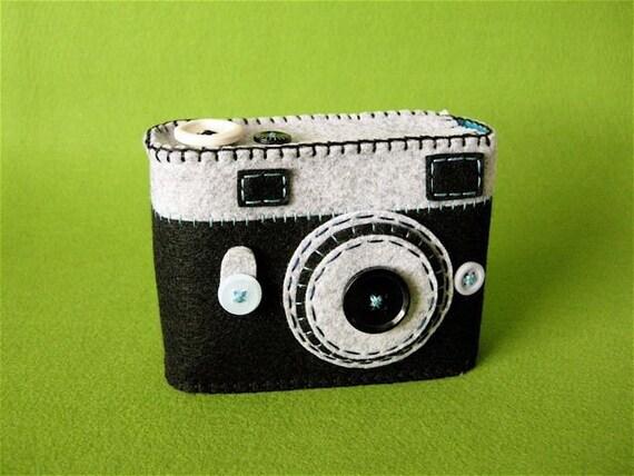NEW - Camera Camera Case -Analogu No.2 (black\/turquoise)