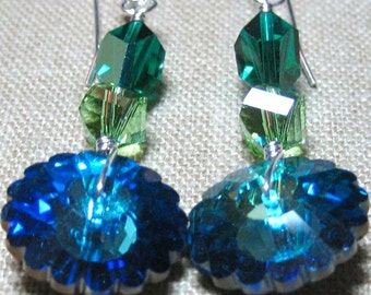 Pastry Cutter Earrings in Blue & Green - E766