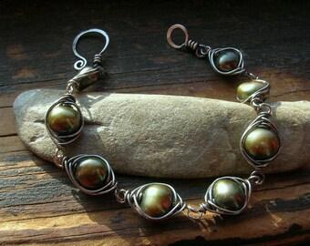Sage Olive Green Freshwater Pearl and Sterling Silver Herringbone Weave bracelet