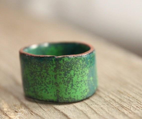 LUSH FOLIAGE kiln fired enamel ring US Size 7.5