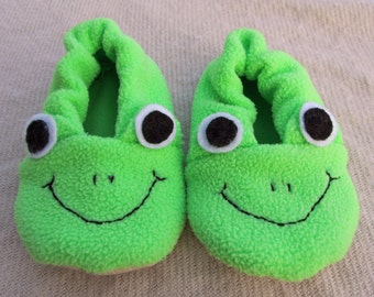Frog Slipper Shoe bootie sewing pattern PDF. Baby Toddler Boy Girl. 0-24 months