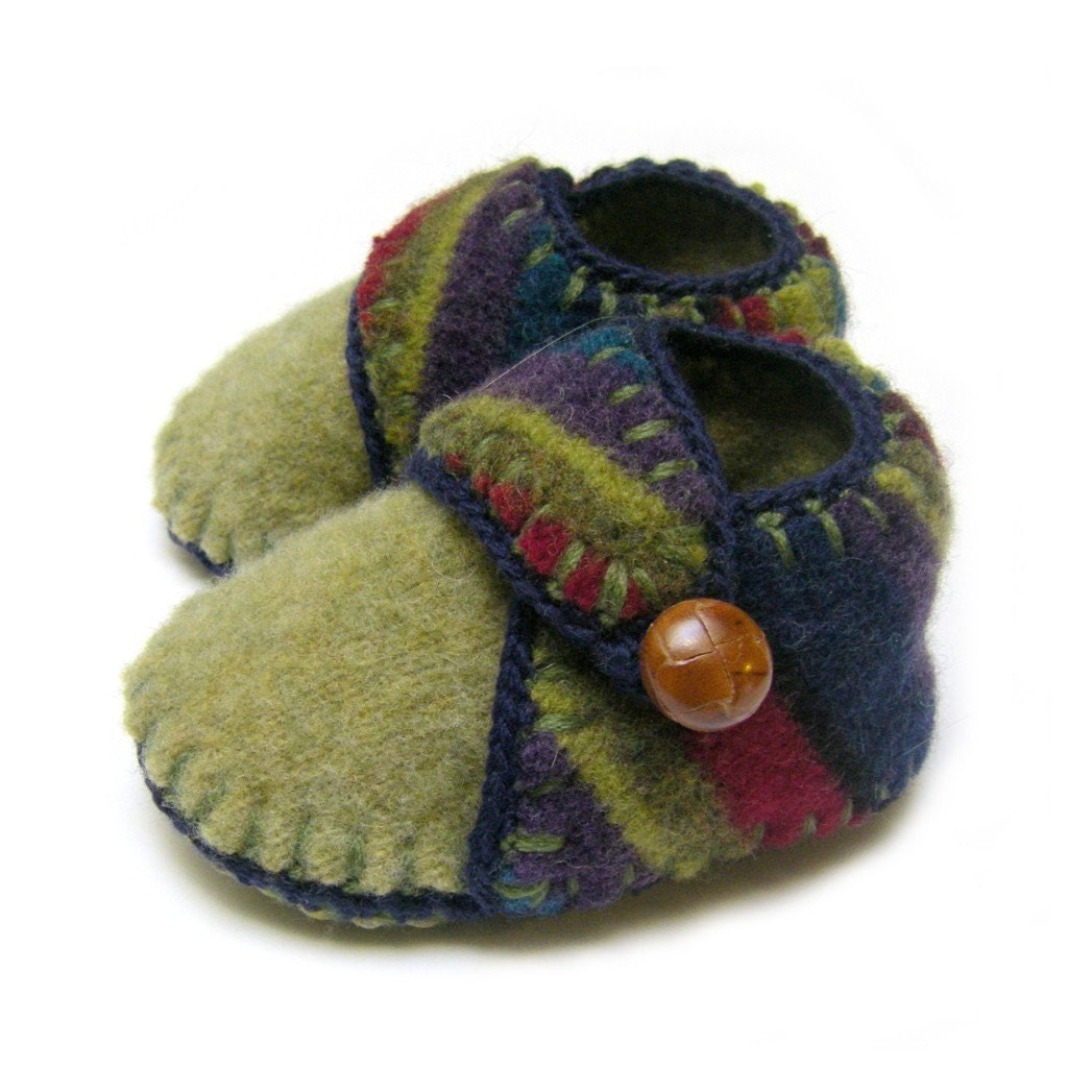 Knitting Pattern Felted Baby Booties : Soft and warm felted wool knit baby shoes boy size 9 by TanteMay