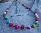 Confettis Sprinkles Crochet collier