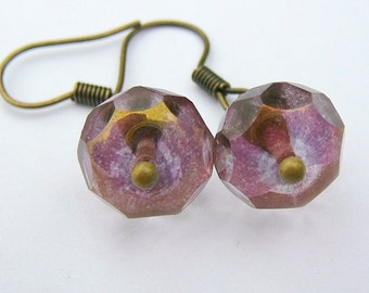 Sparkling Pinky Mauve Brass Earrings