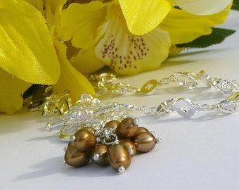 Nutmeg Golden Cluster  Necklace