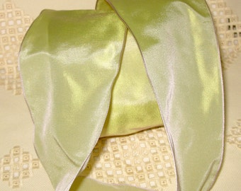 French Wired Ribbon Acetate,  Irridescent Pale Sage Green, Lilac Edge, 3-1/4 inch wide, Taffeta Finish