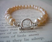SALE - Cream freshwater pearl bracelet