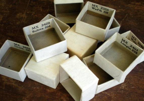 100 Little Paperboard Watch Crystal Boxes for Assemblage Shrines Shadow Box Art Fun