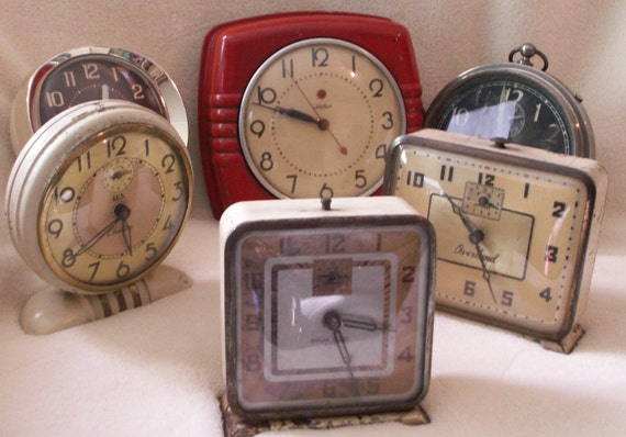 Vintage Red Electric Kitchen Wall Clock
