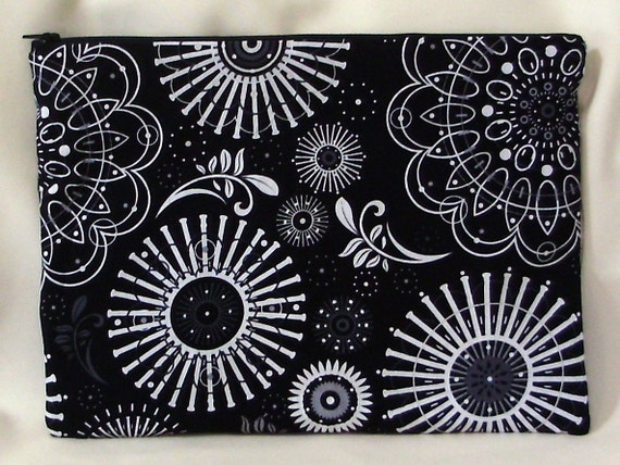 Pouch, Zippered,  Spirograph, Lingerie Bag, Cosmetic Bag, Makeup Bag, Circles, Black, White, Cotton,