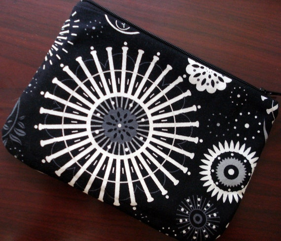 Christmas in July Sale Zippered Pouch, Spirograph, Black, White, Gray, Circles Cosmetic Bag, Makeup Bag