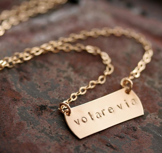 Personalized Horizontal Petite Rectangle Choker Necklace in 14K Gold Filled