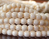 Czech Glass Bead Champagne Luster Opaque 4mm Round Druk : 100 pc