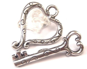 Pewter Heart and Key Toggle Clasp : 2 Sets