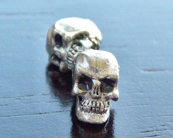 Pewter 5.5x7mm Skull Bead : 2 pc