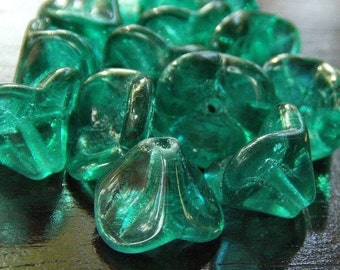 Three Petal Flower Czech Glass Bead Emerald Green10x12mm  - 12