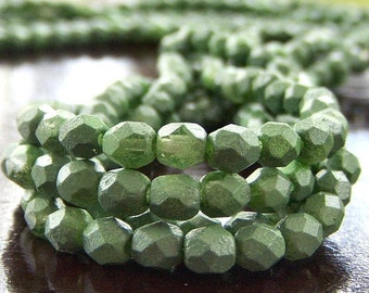 Pea Green  Czech Glass Bead 4mm Round :  50 pc