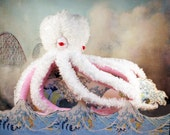 Aspro the Albino Octopi FREE LOVE red felt hearts