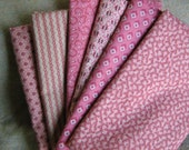 PINK REPRODUCTION FAT QUARTER BUNDLE, ALL COTTON, IDEAL FOR QUILTING AND SEWING