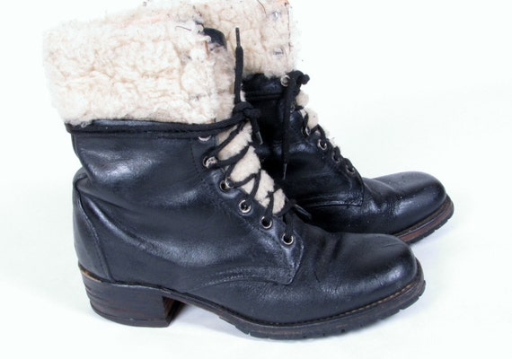 vintage 90s granny DISTRESSED army military grunge black lace up combat wool trim ankle boots sz us 8
