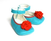 3-6 month size, turquoise with a red flower, baby girls shoes, infant house shoes, girls slippers, pure wool felt baby girl booties