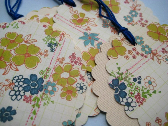 Floral Gift Tag set Vintage style - Flowers in the Lane - Shabby scallop circles sweet Floral Cardstock blue teal yellow 2 layered