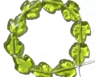 Grape Leaf Olive Green Glass Beads 15mm