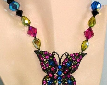 Centerpiece Necklace and Earring Set SUMMER IN THE City with Weiss Rhinestone Butterfly Brings In The Sunshine.