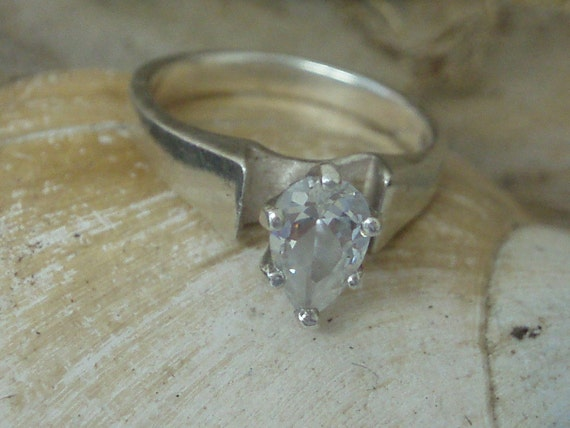 Vintage Sterling Silver Pear Cut CZ Ring