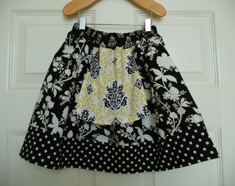 SAMPLE - Apron Children Skirt - Will fit Size 2T / 3T / 4T - by Boutique Mia and More - Ready To Ship