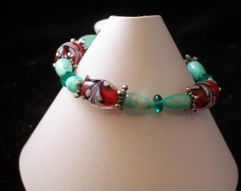 Red and Green Glass Bracelet (42)