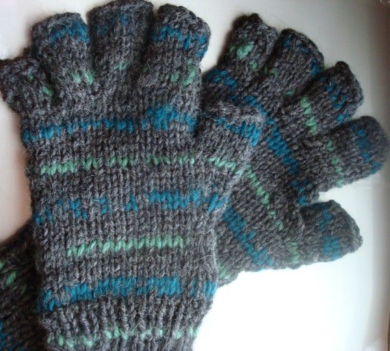 Hobo Gloves Knitting Pattern : Fingerless Hobo Gloves