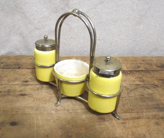 Reduced for quick sale  Beautiful vintage condiment set yellow pottery hallmarked