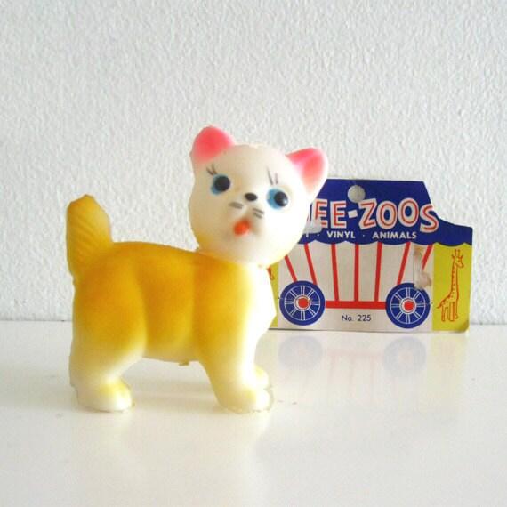 Vintage Squeaky Cat Figurine Plastic Circus Toy Kitten NOS