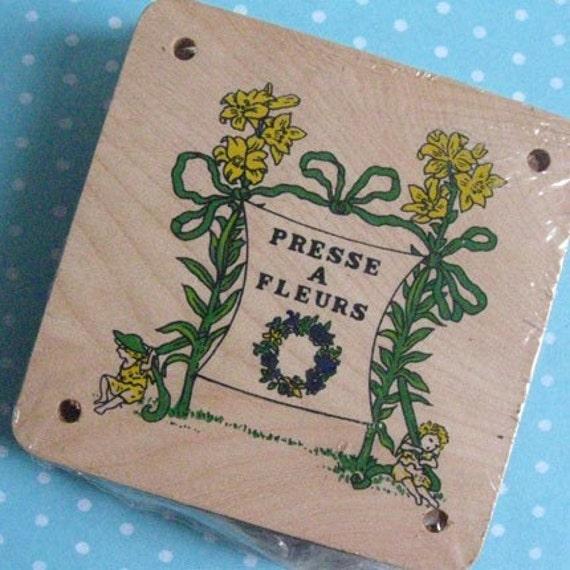 Vintage Wooden Floral Press