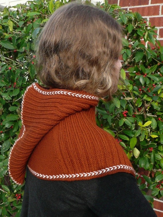 Viking Hood PATTERN for ADULTS Offered in both English AND Norwegian text