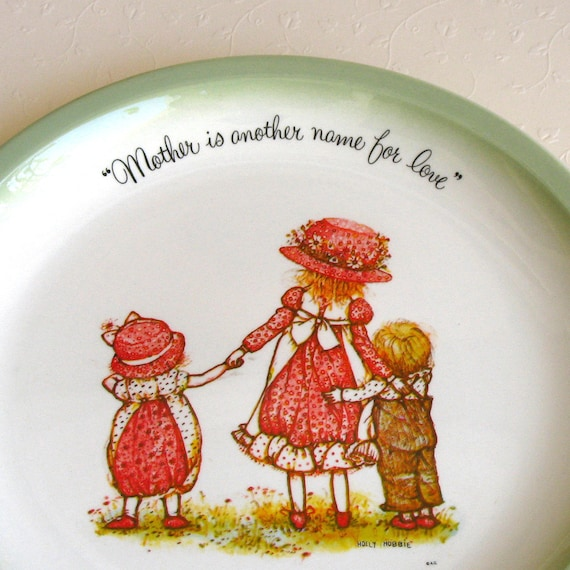 Holly Hobbie Collector's Plate 1972 - Mother Is Another Name for Love